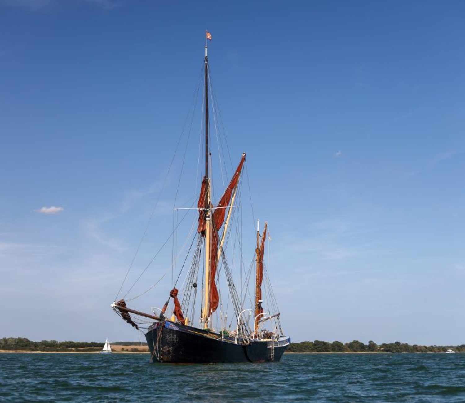 Thalatta anchored at Wrabness © Tam Preston
